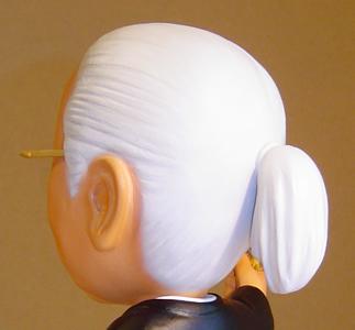 名誉会長 そっくり人形 後ろ姿