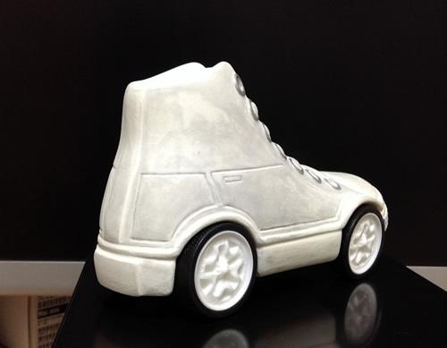 フルオーダーCIフィギュア 原型画像 スニーカー車 工房空良